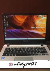 Laptop Asus 4GB Intel Celeron HDD