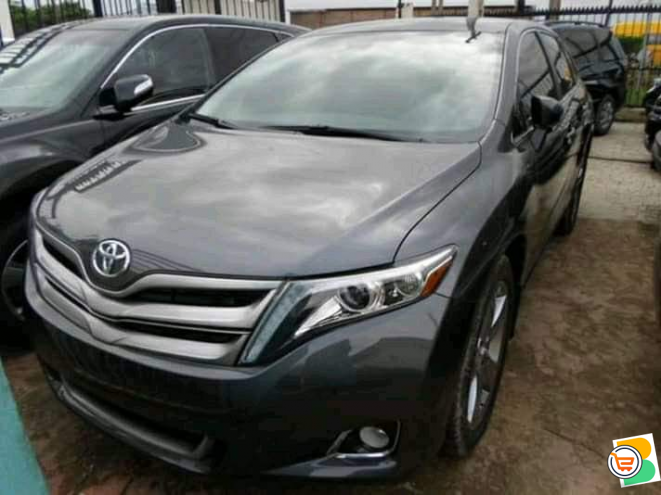 Direct tokunbo Toyota venza for sale
