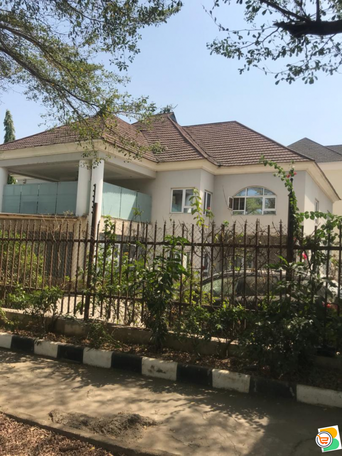 5 Bdr Duplex with Guest Chalet and For Sale at Abuja - CALL 08033558877
