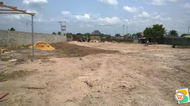 2. 8 Plots of Land For Sale at km 46 Lekki-Epe Expressway (Call or Whatsapp - 08139357320)