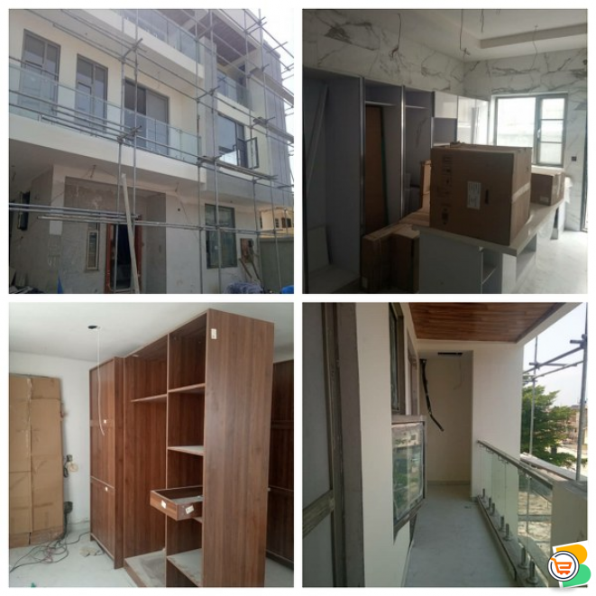 5 Bedroom Duplex For Sale at Lekki Phase 1 (Call OR Whatsapp - 08165448834)