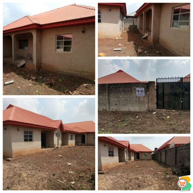4 Bdr with 2 Units of 2 Bdr Flats For Sale - call 07033605502